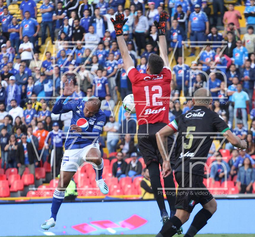 BOGOTÁ- COLOMBIA,21-07-2019:Juan Perez jugador de Millonarios convierte un gol al Once Caldas durante partido por la fecha 2 de la Liga Águila II 2019 jugado en el estadio Nemesio Camacho El Campín de la ciudad de Bogotá. /Juan Perez player of Millonarios scores a goal agaisnt of  Once Caldas during the  match for the date 2 of the Liga Aguila II 2019 played at the Nemesio Camacho El Campin stadium in Bogota city. Photo: VizzorImage / Felipe Caicedo / Staff