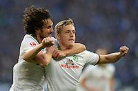 FUSSBALL   1. BUNDESLIGA   SAISON 2013/2014   12. SPIELTAG FC Schalke 04 - SV Werder Bremen                           09.11.2013 0:1 Torschuetze Felix Kroos (re) bejubelt mit Santiago Garcia (li, SV Werder Bremen) seinen Treffer