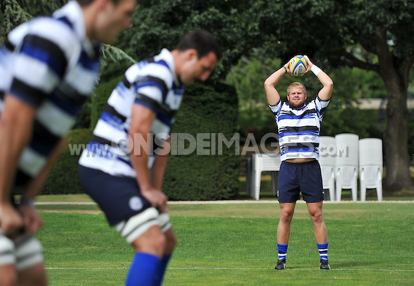 Mark Lilley prepares to throw into a practise lineout. Bath Rugby training session on August 2, 2011 at Farleigh House in Bath, England. Photo by: Patrick Khachfe/Onside Images