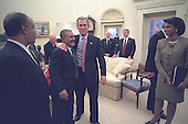United States President George W. Bush meets with President Ali Abdallah Salih of Yemen in the Oval Office of the White House in Washington, D.C. on Tuesday, November 27, 2001..Mandatory Credit: Eric Draper - White House via CNP.