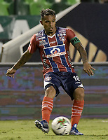 PALMIRA - COLOMBIA, 19-02-2019: David Ferreira del Unión en acción durante el partido por la fecha 5 de la Liga Águila I 2019 entre Deportivo Cali y Union Magdalena jugado en el estadio Deportivo Cali de la ciudad de Palmira. / David Ferreira of Union in action during the Final second leg match between Deportivo Cali and Union Magdalena as parto of Aguila League I 2019 played at Deportivo Cali stadium in Palmira city.  Photo: VizzorImage / Gabriel Aponte / Staff