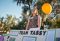 Occidental College students Catherine Spear '17 and Tristan Cooper '16 share their InternLA experiences working at Team Tassy during the Career Development Center's Reverse Career Fair, Thorne Hall patio, Sept. 3, 2015.<br /> (Photo by Marc Campos, Occidental College Photographer)