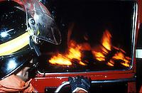 Roma.  Vigili del Fuoco Tuscolano II  .I Vigili del fuoco intervengono per spegnere un incendio.Rome.  Firefighters Tuscolano II.Firefighters intervene for extinguishing a fire.A factory lies in ruins after the fire
