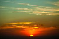 Oliveira_MG, Brasil...Por do sol em Oliveira, Minas Gerais...The sunset in Oliveira, Minas Gerais...Foto: BRUNO MAGALHAES / NITRO