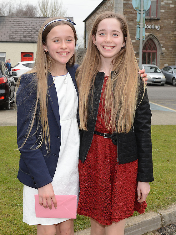 Twins Tara and Niamh McGuinness who were confirmed at the Church of the Nativity Ardee. Photo:Colin Bell/pressphotos.ie