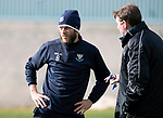 St Johnstone Training….Manager Tommy Wright talks with Murray Davidson during training at McDiarmid Park ahead of Sundays game against Celtic.<br />