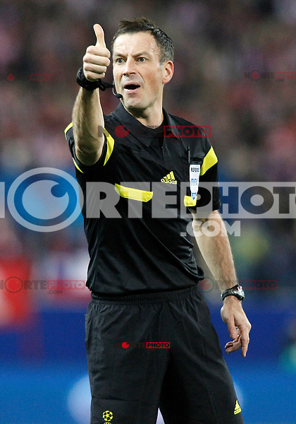 English referee Mark Clattenburg during Champions League 2013/2014 match.March 11,2014. (ALTERPHOTOS/Acero)