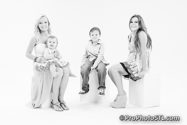 Madejowski family pictures in the studio