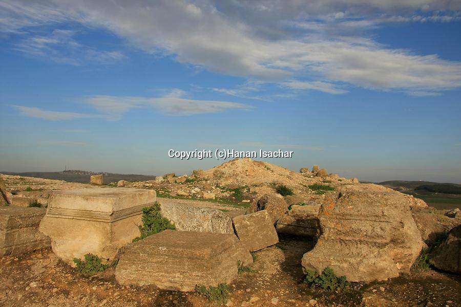 Israel, Shephelah, the ancient Synagogue of Hurvat Rimon