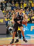 08.03.2020, EWE Arena, Oldenburg, GER, easy Credit-BBL, EWE Baskets Oldenburg vs RASTA Vechta, im Bild<br /> Abgefangen.. Michael KESSENS (Rasta Vechta #6 ) Rasid MAHALBASIC (EWE Baskets Oldenburg #24 )<br /> Foto © nordphoto / Rojahn
