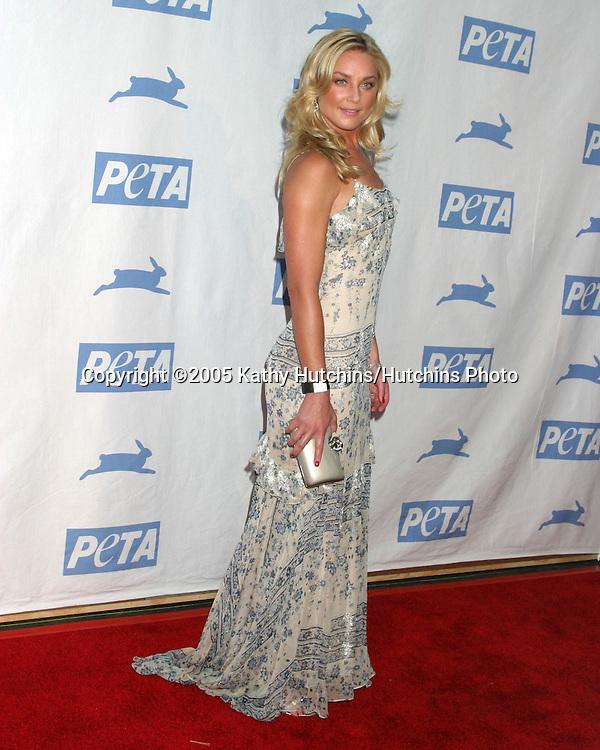 Elizabeth Rohm.PETA 25TH ANNIVERSARY GALA.Paramount Studios.Los Angeles, CA.September 10, 2005.©2005 Kathy Hutchins / Hutchins Photo
