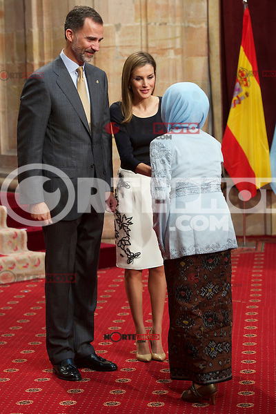 King Felipe VI of Spain and Queen Letizia of Spain attended an audience with Principe de Asturias Awards 2014 winners at the Reconquista Hotel on October 24, 2014 in Oviedo, Spain. (POOL/ALTERPHOTOS) /nortephoto.com