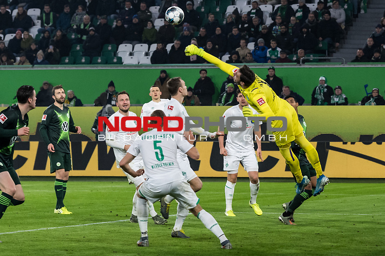 01.12.2019, Volkswagen Arena, Wolfsburg, GER, 1.FBL, VfL Wolfsburg vs SV Werder Bremen<br />