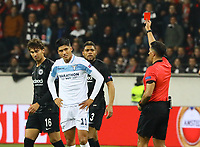 Rote Karte für Joaquin Leiva (Lazio Rom) - 04.10.2018: Eintracht Frankfurt vs. Lazio Rom, UEFA Europa League 2. Spieltag, Commerzbank Arena, DISCLAIMER: DFL regulations prohibit any use of photographs as image sequences and/or quasi-video.