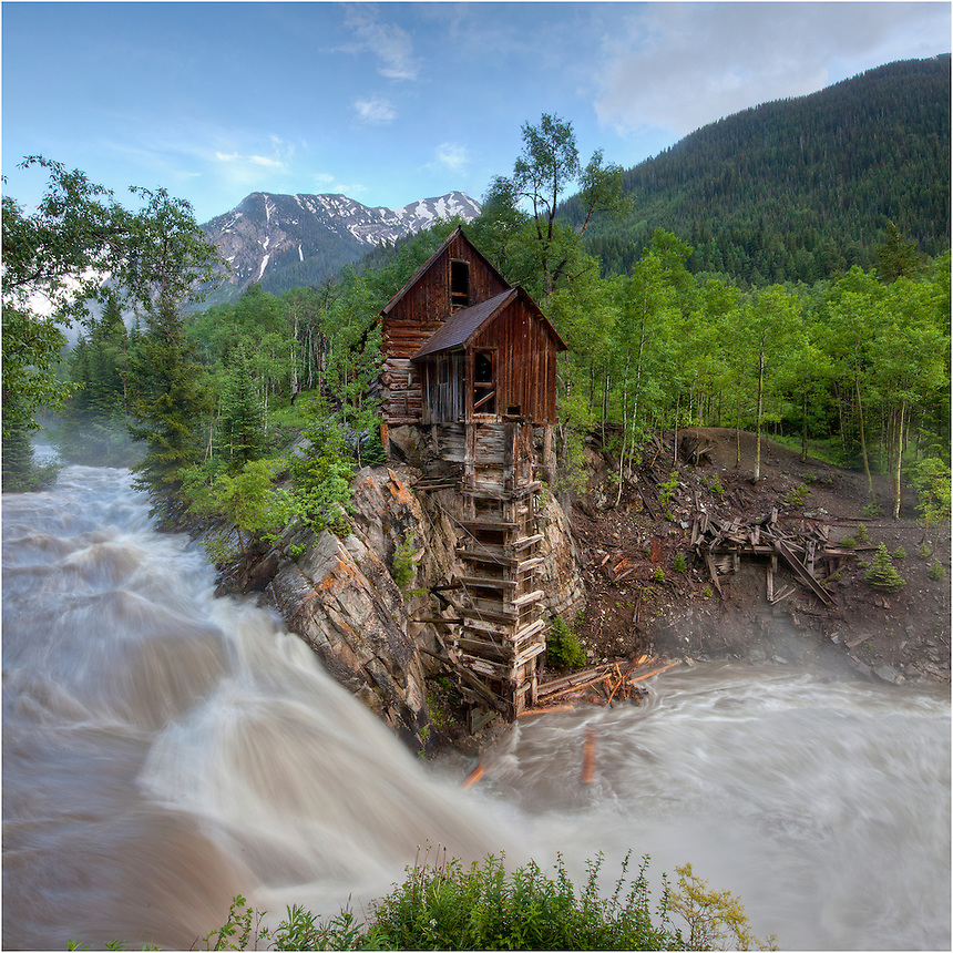 To find this iconic location to capture a few Colorado images, I trekked on a rather bumpy 4WD road for an hour. When I arrived, the clouds were storming and the rain was coming down. Late in the evening, the rains subsided and the clouds began to break apart, allowing me to capture this Colorado picture of the iconic Crystal Mill.