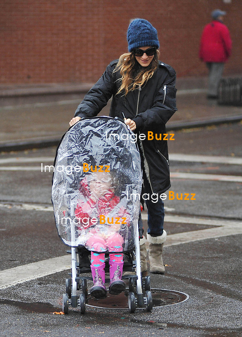 Sarah Jessica Parker takes her twin daughters Marion and Tabitha to school and her son James. New York City, November 27, 2012.