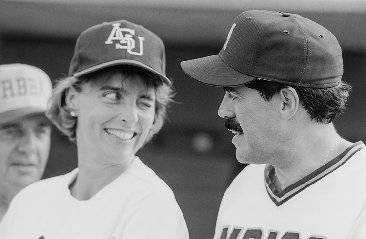 Rep. Blanche Lincoln, D-Ark. and Rep. JosÈ E. Serrano, D-N.Y. at the Congressional baseball game in 1992. (Photo by CQ Roll Call)