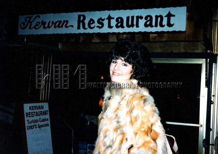 © WALTER McBRIDE / , USA...LUCIE ARNAZ   1980 .THEY'RE PLAYING OUR SONG.LEAVING THE IMPERIAL THEATRE.NEW YORK CITY.CREDIT ALL USES