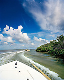 USA, Florida, fishing boats heading into the mangroves, Ivory Keys