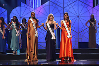 SAO PAULO, 11 DE AGOSTO DE 2012. MISS SAO PAULO 2012. as tres finalista aguardam o resultado final do  concurso Miss Sao Paulo na noite deste sabado. FOTO - ADRIANA SPACA BRAZIL PHOTO PRESS