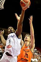 GRONINGEN - Basketbal, Nederland - Italie, WK kwalificatie 2019, Martiniplaza, 01-07-2018 Thomas van der Mars met Paul Biligha