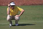 Gonzalo Fdez-Castano lines up his putt on the 8th green during Day 1 of the Dubai World Championship, Earth Course, Jumeirah Golf Estates, Dubai, 25th November 2010..(Picture Eoin Clarke/www.golffile.ie)