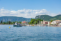 Italy, Veneto, Lake Garda, Bardolino: popular resort and wine village with  Garda Mountains | Italien, Venetien, Gardasee, Bardolino: beliebter Urlaubs- und Weinort vor den Gardaseebergen