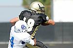 Palos Verdes, CA 09/18/09 - Austin Smith (#18) Ijumaa Armstrong (#4)