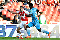 BOGOTA - COLOMBIA - 25 - 02 - 2018: Anderson Plata (Izq.) jugador de Independiente Santa Fe, disputa el balón con Fabio Castillo (Der.) jugador de Jaguares F. C., durante partido de la fecha 5 entre Independiente Santa Fe y Jaguares F. C., por la Liga Aguila I 2018, en el estadio Nemesio Camacho El Campin de la ciudad de Bogota. / Anderson Plata (L) player of Independiente Santa Fe struggle for the ball with Fabio Castillo (Der.) jugador de Jaguares F. C., during a match of the 5th date between Independiente Santa Fe and Jaguares F. C., for the Liga Aguila I 2018 at the Nemesio Camacho El Campin Stadium in Bogota city, Photo: VizzorImage / Luis Ramirez / Staff.