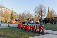 Konzertmuschel im Kurpark in Oberstdorf im Allgäu, Bayern, Deutschland<br /> Bandshell in spa-park of Oberstdorf,  Allgäu, Bavaria, Germany