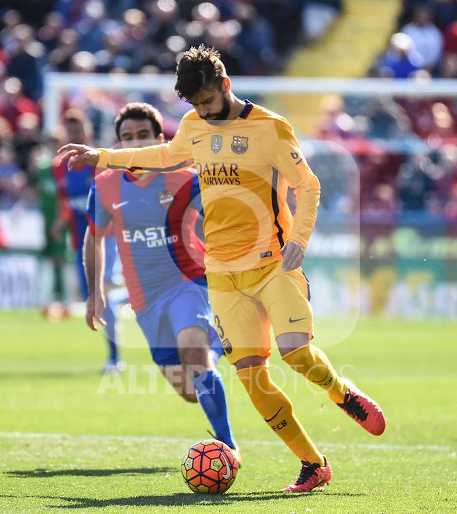 FC Barcelona's Gerard Pique  during La Liga match. February 7, 2016. (ALTERPHOTOS/Javier Comos)