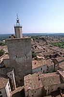 Europe/France/Languedoc-Roussillon/30/Gard/Uzès: Tour de l'Evèque depuis la tour Bermonde du Château