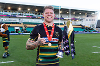 Teimana Harrison of Northampton Saints celebrates with the Premiership Cup trophy. Premiership Rugby Cup Final, between Northampton Saints and Saracens on March 17, 2019 at Franklin's Gardens in Northampton, England. Photo by: Patrick Khachfe / JMP