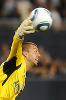 Jon Busch San Jose Earthquakes goalkeeper throws the ball out...Sporting KC defeated San Jose Earthquakes 1-0 at LIVESTRONG Sporting Park, Kansas City ,Kansas,.. Sporting KC defeated San Jose Earthquakes 1-0 at