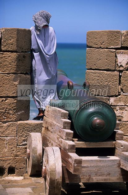 Afrique/Maghreb/Maroc/Essaouira : Les remparts vers la Skala de la ville