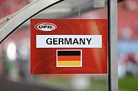 Flagge an der Trainerbank - 02.06.2018: Österreich vs. Deutschland, Wörthersee Stadion in Klagenfurt am Wörthersee, Freundschaftsspiel WM-Vorbereitung