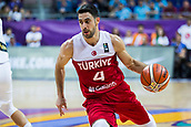7th September 2017, Fenerbahce Arena, Istanbul, Turkey; FIBA Eurobasket Group D; Latvia versus Turkey; Point Guard Dogus Balbay of Turkey drives to the basket