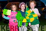 Saoirse Beth Slattery and Róisín Ní Mhurchú (Dingle) with Maire Eilís Nic Gearailt (An Fheothanagh) welcoming back the Kerry Minors in Dingle on Tuesday night.
