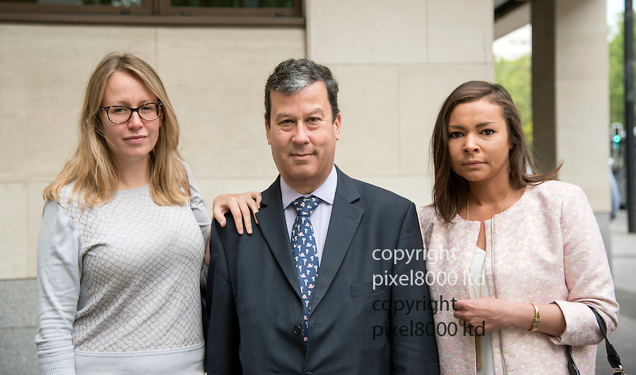 Pic shows:  27.5.16 David de Freitas, father of Eleanor de Freitas, who killed herself days before going on trial for 'inventing a rape claim'.<br /> <br /> He arrived with family members  Cordelia De Frietas, right, and Katie, left.<br /> <br /> <br /> <br /> <br /> Pic by Gavin Rodgers/Pixel 8000 Ltd
