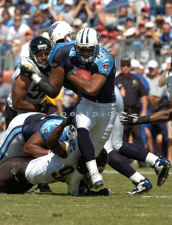 Chris Brown during the Jaguars at Titans game on September 26, 2004...David Durochik / SportPics
