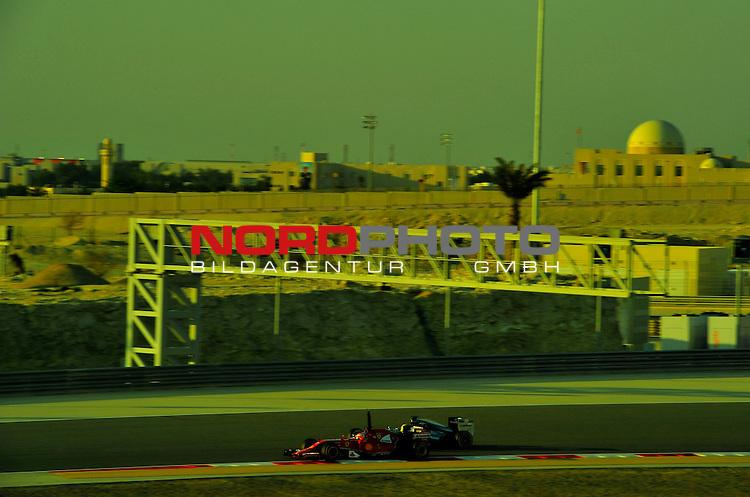 Fernando Alonso (ESP),  Scuderia Ferrari - Lewis Hamilton (GBR), Mercedes GP<br />  Foto &copy; nph / Mathis