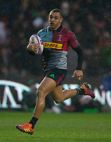 Harlequins' Joe Marchant on his way to scoring his sides second try<br /> <br /> Photographer Bob Bradford/CameraSport<br /> <br /> European Rugby Challenge Cup Pool 5 - Harlequins v Benetton Treviso - Saturday 15th December 2018 - Twickenham Stoop - London<br /> <br /> World Copyright &copy; 2018 CameraSport. All rights reserved. 43 Linden Ave. Countesthorpe. Leicester. England. LE8 5PG - Tel: +44 (0) 116 277 4147 - admin@camerasport.com - www.camerasport.com