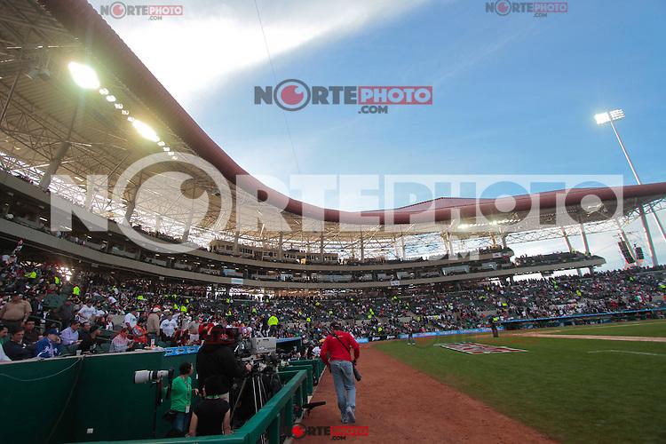 inauguración. de la Serie del Caribe 2013  de Beisbol,  Venezuela vs Republica Dominicana,  en el estadio Sonora el 1 de febrero de 2013 en Hermosillo.©(foto:Baldemar de los Llanos/NortePhoto)..During the game of the Caribbean series of Baseball 2013 between Venezuela vs Republica Dominicana. .©(foto:Baldemar de los Llanos/NortePhoto)..http://mlb.mlb.com/mlb/events/winterleagues/league.jsp?league=cse