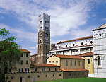 Lucca, Tuscany, Italy<br /> The bell tower next to the San Martino Cathedral (Duomo) in the town of Lucca