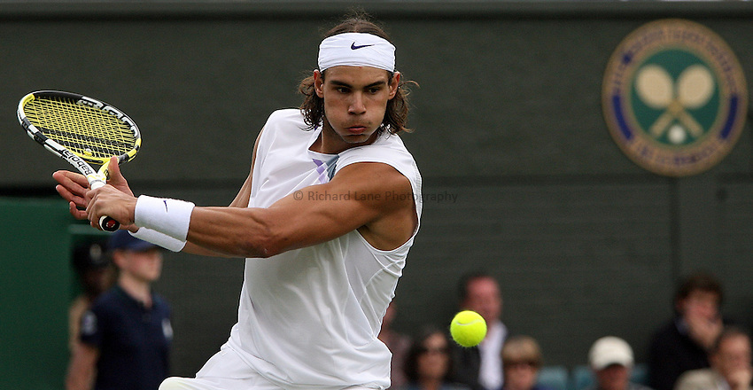 Photo: Paul Thomas..Wimbledon Championships. 26/06/2007...Rafael Nadal (ESP) during his match against Mardy Fish.