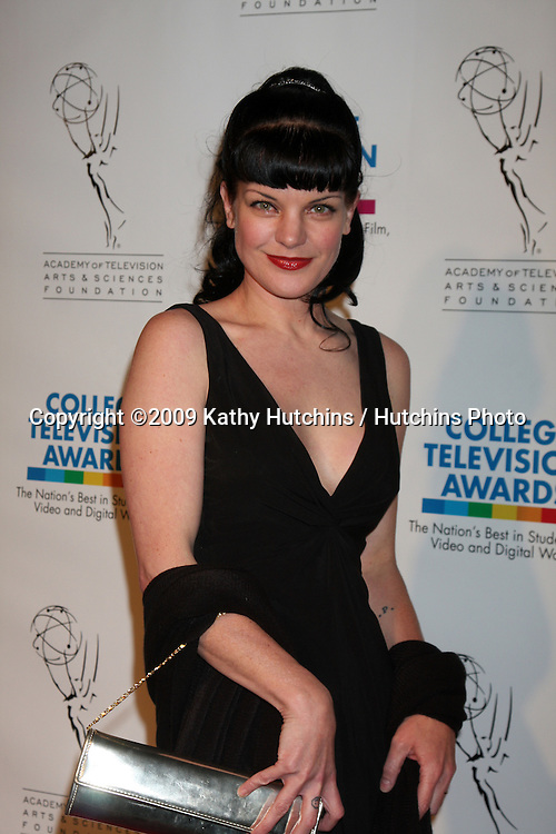Pauley Perrette  arriving at the 30th College Television Awards Gala at Culver Studios in Culver City, CA on  March 21,  2009 .©2009 Kathy Hutchins / Hutchins Photo...                .