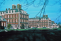 Sir Christopher Wren: Royal Hospital Chelsea. 3/4 view of buildings. Photo '79.