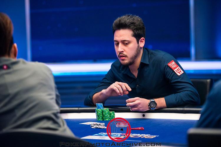Elimination Adrian Mateos