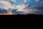 Europa, DEU, Deutschland, Baden-Wuerttemberg, Landkreis Reutlingen, Schwaebische Alb, Sonnenuntergang, Wolken, Natur, Umwelt, Landschaft, Jahreszeiten, Stimmungen, Landschaftsfotografie, Landschaften, Landschaftsphoto, Landschaftsphotographie, Wetter, Wetterelemente, Wetterlage, Wetterkunde, Witterung, Witterungsbedingungen, Wettererscheinungen, Meteorologie, Wettervorhersage, <br /> <br /> [Fuer die Nutzung gelten die jeweils gueltigen Allgemeinen Liefer-und Geschaeftsbedingungen. Nutzung nur gegen Verwendungsmeldung und Nachweis. Download der AGB unter http://www.image-box.com oder werden auf Anfrage zugesendet. Freigabe ist vorher erforderlich. Jede Nutzung des Fotos ist honorarpflichtig gemaess derzeit gueltiger MFM Liste - Kontakt, Uwe Schmid-Fotografie, Duisburg, Tel. (+49).2065.677997, ..archiv@image-box.com, www.image-box.com]