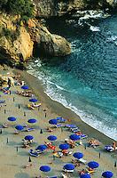- the Echo of the Sea beach, between Lerici and Tellaro (La Spezia)....- la spiaggia Eco del Mare, fra Lerici e Tellaro (La Spezia)